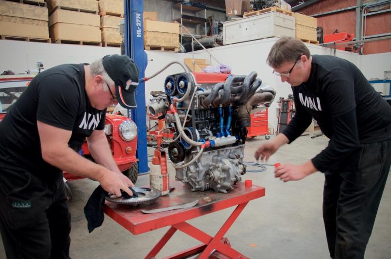 P64 Mini engine install  - 9